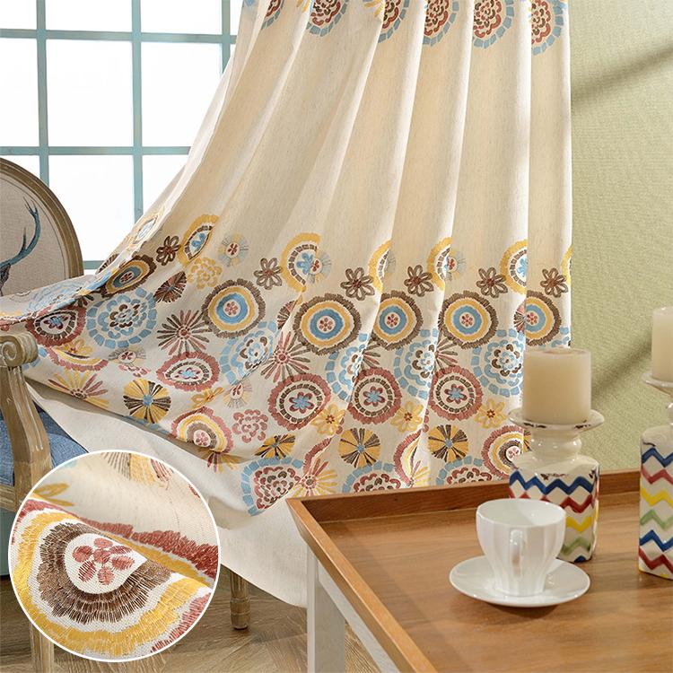鮮やかな花模様刺繍ドレープカーテン