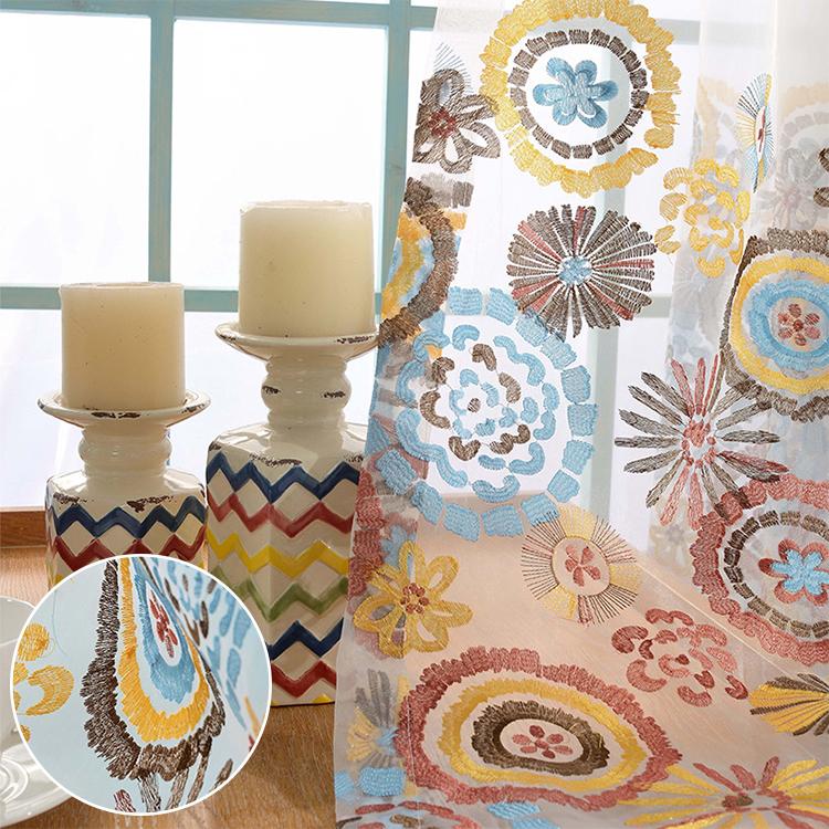 鮮やかな花模様刺繍レースカーテン
