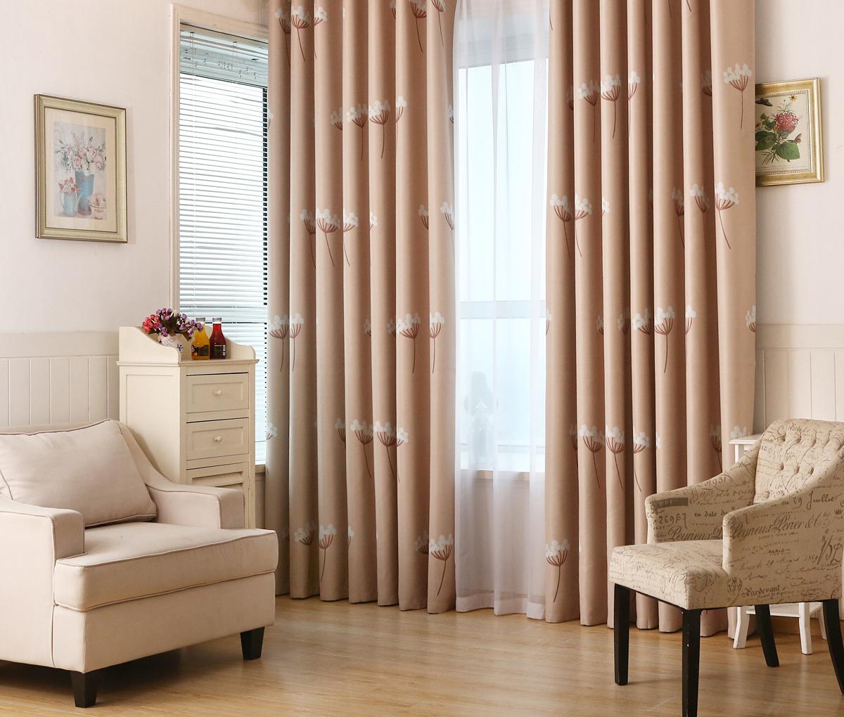 癒しのあるタンポポ柄のドレープカーテン