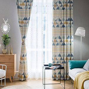 幾何柄の北欧テイストカーテン