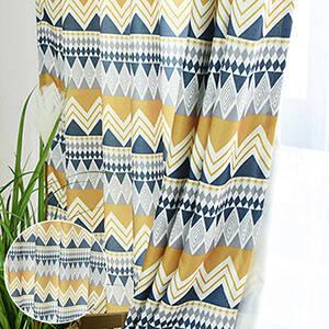 エキゾチック風のカーテン