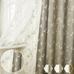 蔓モチーフの刺繍カーテン