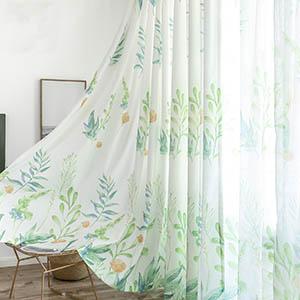 フレッシュで爽やかな植物をプリントしたカーテン
